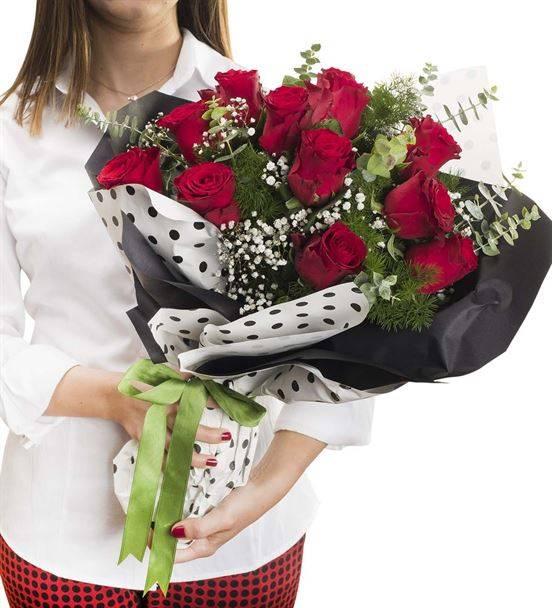 Tutkulu Aşk 11 Kırmızı Gül Buketi